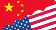 Čína je v budování kapitalismu úspěšnější než Amerika a pražští novináři to nemůžou rozdýchat.
